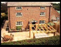 C17th farmhouse to rent in Cheshire
