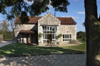 Self catering cottages, 5 miles from Bath.