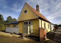 Suffolk/Essex holiday cottage accommodation