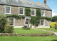 Large group holiday cottage accommodation