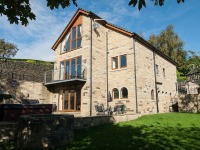 Large holiday house in Holmfirth