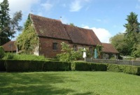 East Sussex country cottage to let.