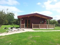 Wheelchair friendly lodges in Somerset